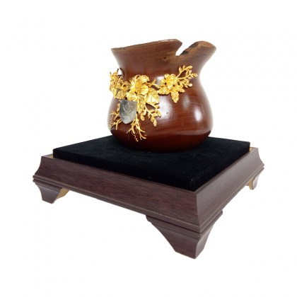 Wooden Vase With 24k Gold Flower & Pewter Pahang State Crest in Acrylic Display Case